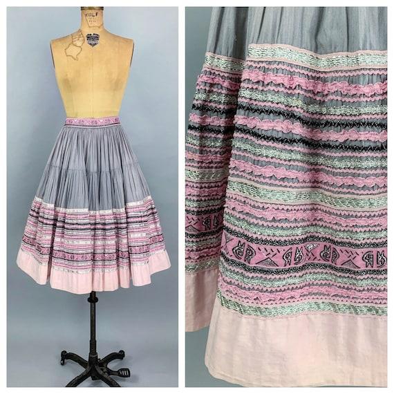Vintage 50s circle patio skirt | 1950s pink & sil… - image 1