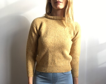 ESTHER Flecked Yellow Thick Wool Pullover Pinup Sweater with Stiff Portrait Ring Collar