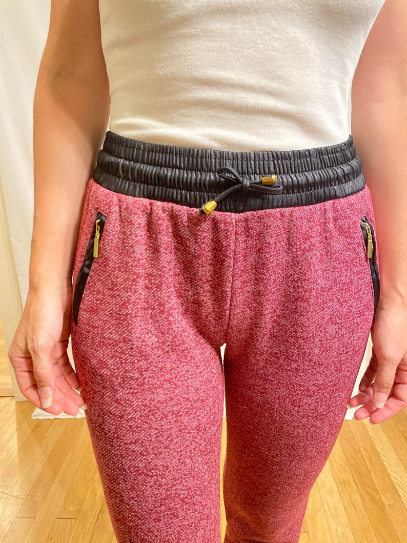 Marled Purple Sweatpants w Black /& Gold  Accents and Pockets