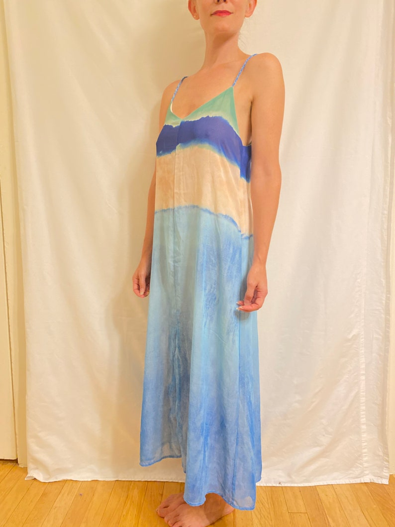 Ombr\u00e9 Tie-Dyed Lined Rope-Spaghetti-Strap Maxi Beach Dress with Peep-Hole Open Back