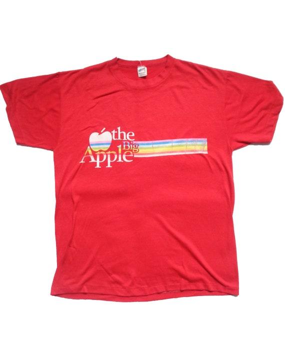 Vintage Apple Rainbow Striped Tshirt