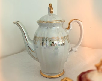 Lustreware Teapot, Iridescent White with Gold by Glory China