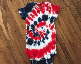 Red white blue onesie, Tie Dye Onesie, Hippie Baby Clothes, Baby Shower gift, Gender Neutral Gift, Baby Clothes