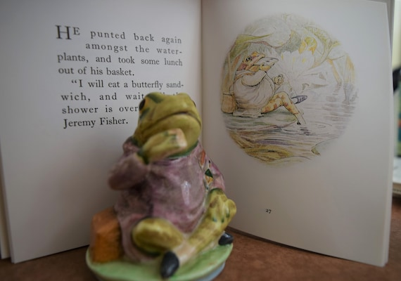 Jeremy Fisher 50p Coin Beatrix Potter Silver Proof Style Display