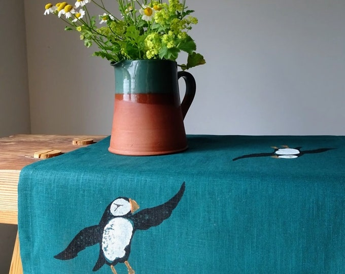 table runner puffins on linen