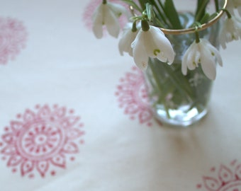 Indian Daisy Tablecloth