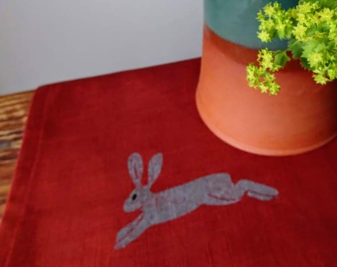 table runner hares on linen