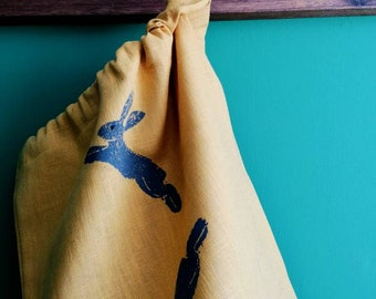 leaping hare  bread/vegetable bag mustard linen