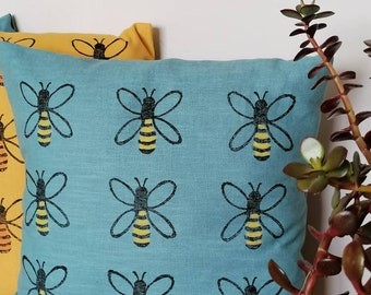 honey bee linen cushion