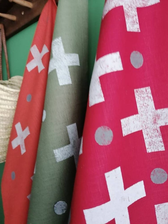 noughts and crosses linen teatowel