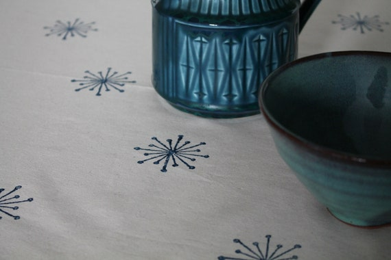 Ivy Flower Tablecloth