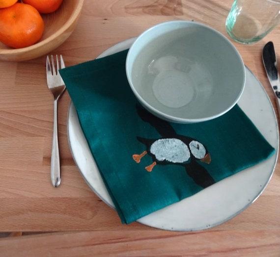 linen napkin puffin