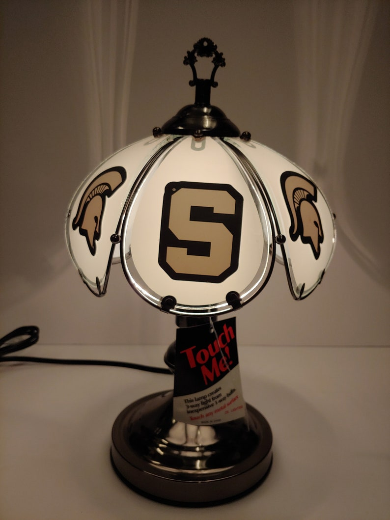 Awe Inspiring Michigan State University Spartans 3 Way Lamp Spartans Table Desk Lamp Mans Desk Accent Sports Lamp College Lamp Spartans Light Home Interior And Landscaping Palasignezvosmurscom