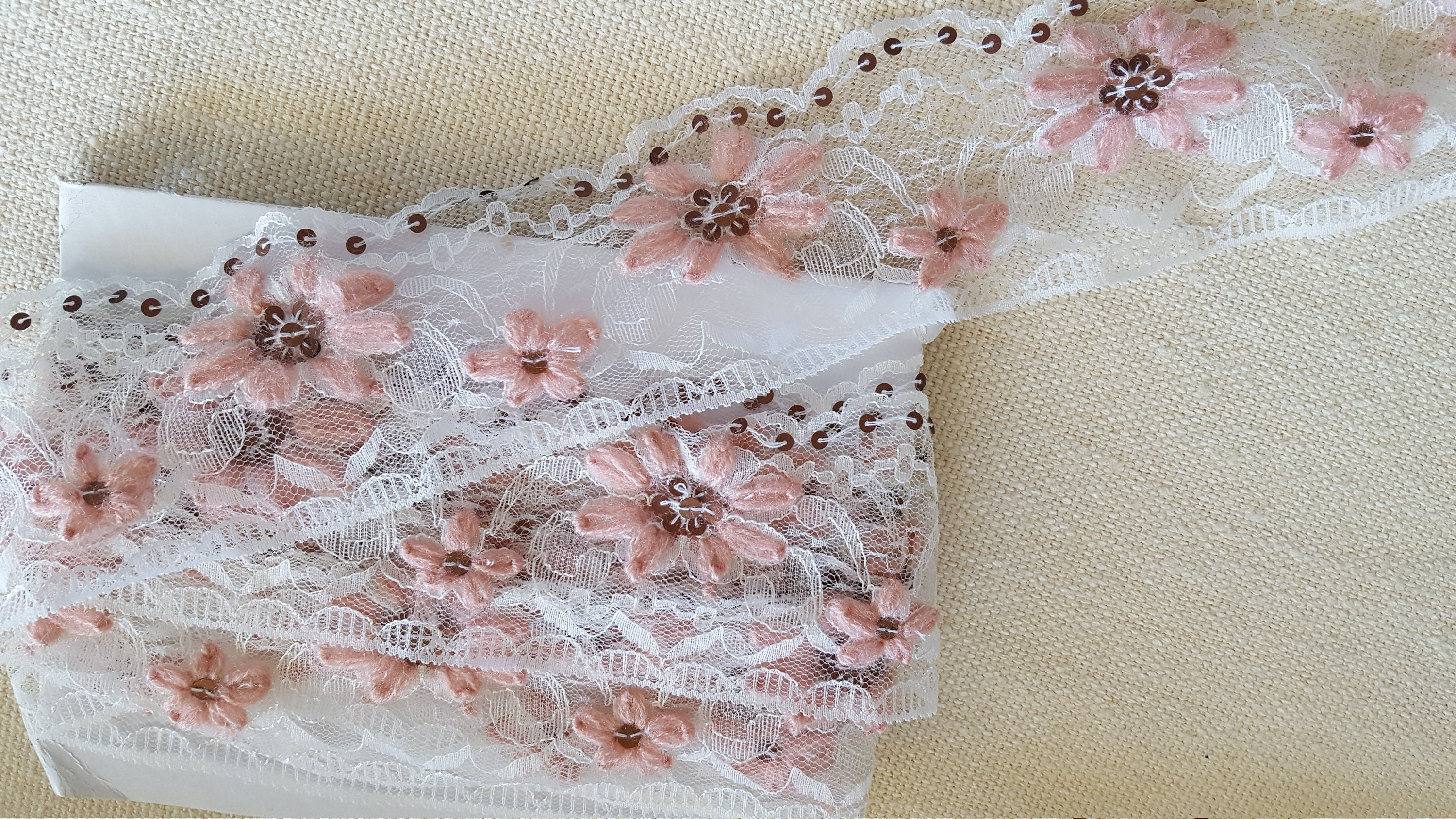 1 Meter White Synthetic Lace Decorated With Flowers Embroidered In