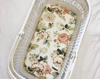 "Fitted Bassinet Sheet ""Everly"""