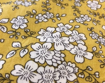 Fitted Cot Sheet Floral - mustard with white flowers