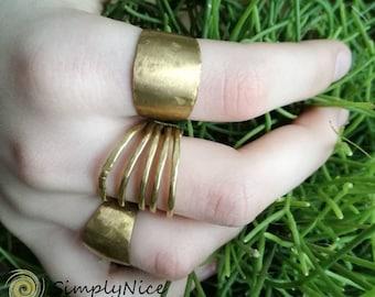 Rom Bo Bead Ring