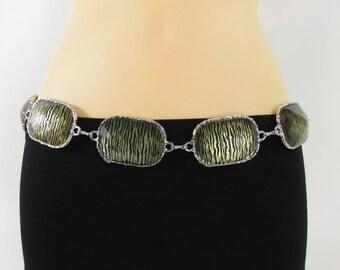 Nouvelles femmes argent chaine en métal liens mode ceinture grosses perles  carrés zèbre Bling charme impression boucle hanche taille haute taille S M L efd70a6dabf