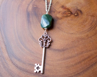 Necklace. Key. Silver. Green Faceted Stone. Skeleton Key.