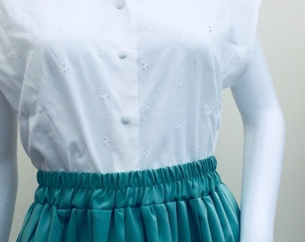 Vintage White Capped Sleeve Blouse