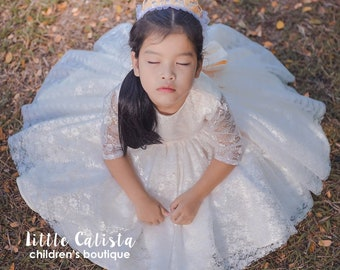 Off-White Tulle Lace Flower Girl Dress, Rustic Baby Dress.