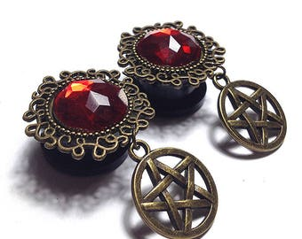 Ear plugs dangle with pentagram / pentacle, magical gauges for witch, red bead (12mm, 14mm, 16mm, 18mm, 20mm , 1/2″, 9/16″, 11/16″, 13/16″)