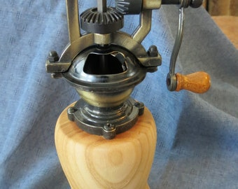 Wooden peppermill