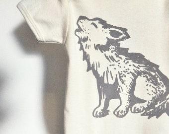 Howling Wolf - Organic printed onesie