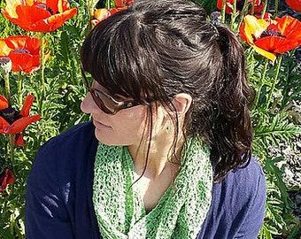 Emma Mobius cowl knitting pattern PDF download