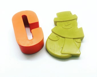 christmas crayons stocking fillers personalised snowman letter crayon