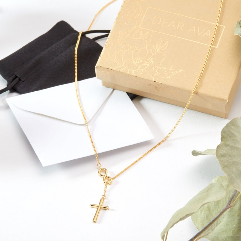 Infinity Cross Gift for Expecting Moms Necklace: Expecting Mother Gifts Present for Expecting Moms Mom to Be Pregnancy Pregnant Woman