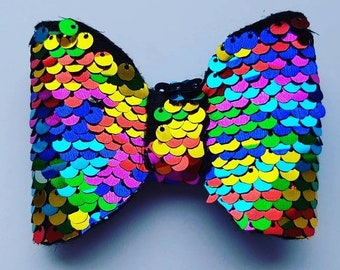 Reversible sequin rainbow hairbow