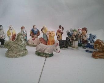 Teeny weeny itsy bitsy figurines