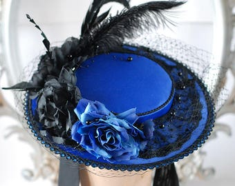 Blue and black round rococo hat