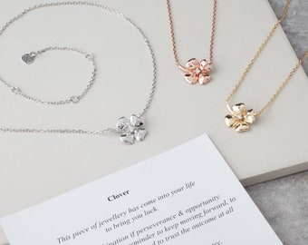 Cute Clover Necklace with Stem