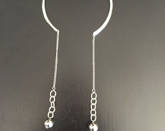 Wear 2 ways silver necklace choker with hanging silver spheres