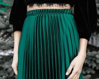 skirt/green skirt/fashionable skirt/ modern skirt/pleated skirt
