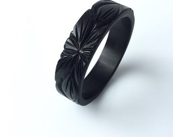 Bakelite inspired carved bracelet in Jet Black