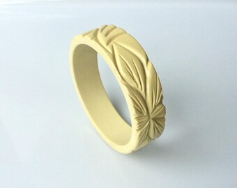 Bakelite inspired carved bracelet in Ivory White