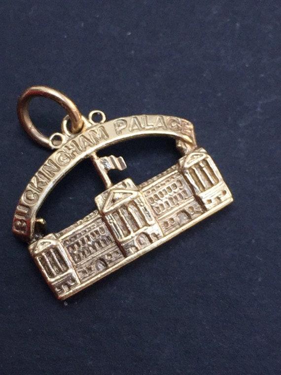 Buckingham Palace Charm