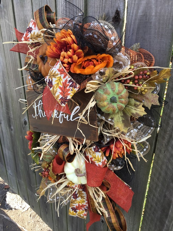 Fall door swag