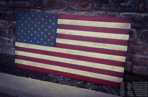 Painted Traditional American Flag (Rough cut finish)