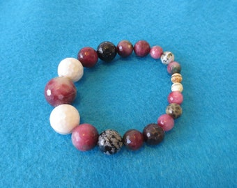 Genuine Agate stone bracelet. Great conversation piece.