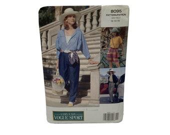 Shirt Misses/'  Misses/' Petite Top Size 8-10-12 Shorts and Pants UNCUT Vogue 2706 Vogue Sport Sewing Pattern