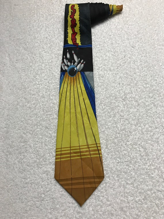 BOWLING PINS ALL OVER NEW NOVELTY TIE