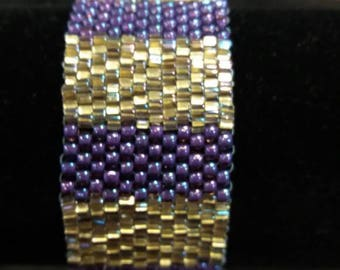 Gold and purple beaded bracelet