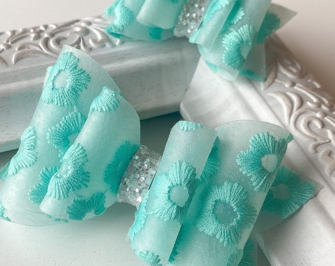 Teal Embroidered Flower // Spruce Hairbow