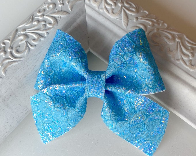 Blue Lace Leather // Fir Hairbow
