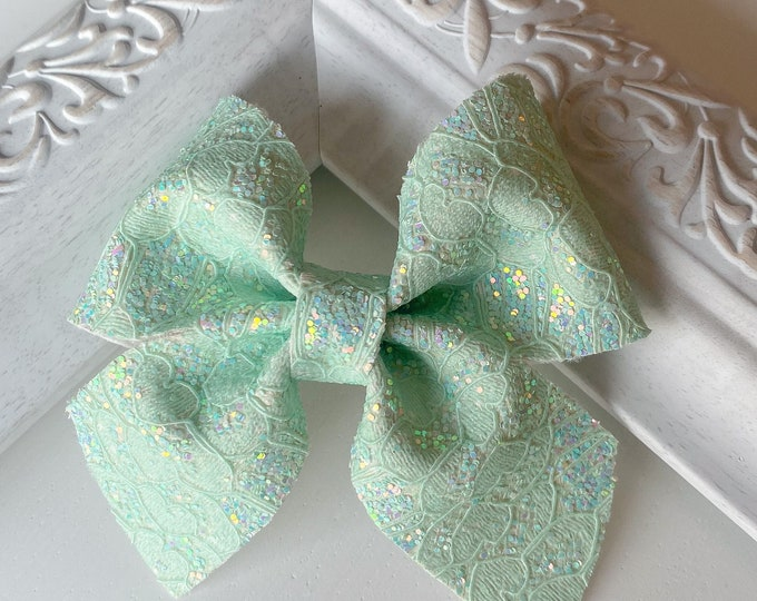 Mint Lace Leather // Fir Hairbow