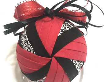 Windmill, No sew quilted Ornament,